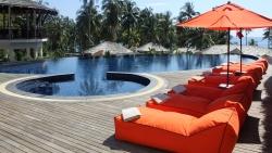 bronzer-piscine