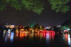 Lac Hoan Kiem reflets de nuits
