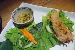 Manger une crepe à Hoi An