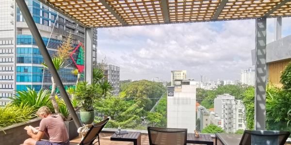 Au Lac Legend Saigon terrasse extérieure