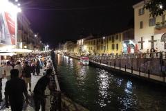 Milan quartier de Navigli le soir