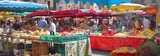 Un marché à Aix en Provence