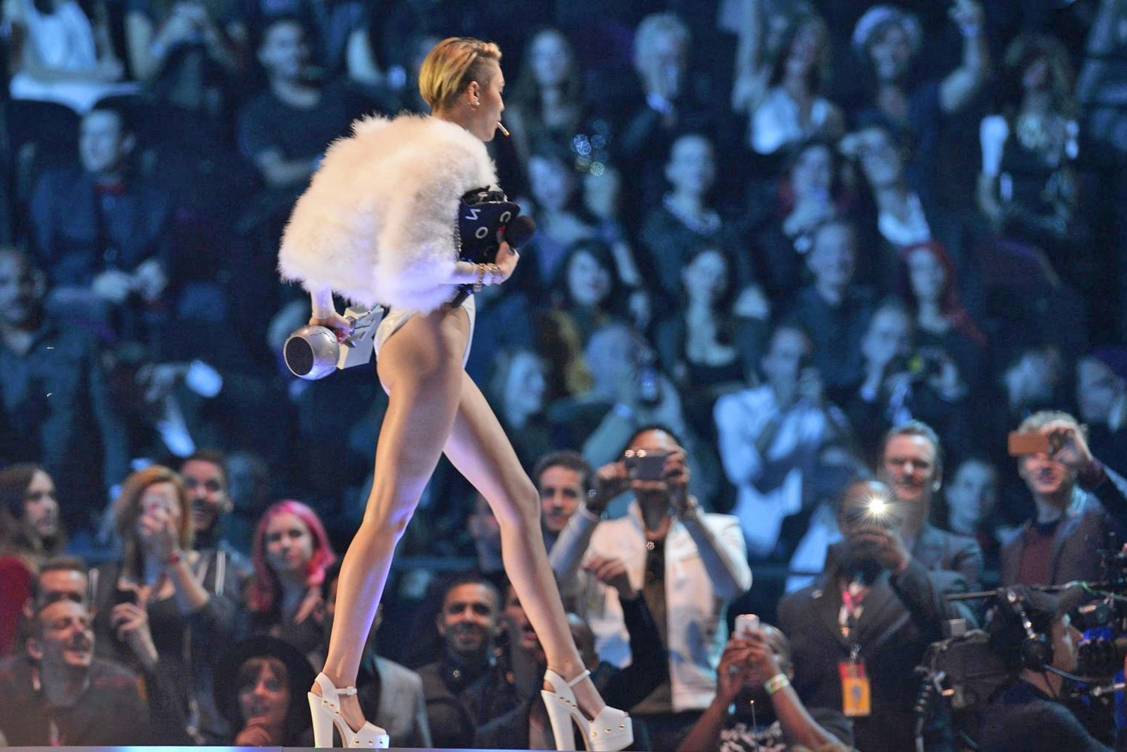 Miley Cyrus à Amsterdam pour les MTV European Music Awards