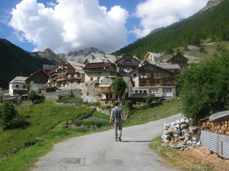 Passer un Week end nature en montagne dans le Queyras «pays des pierres»