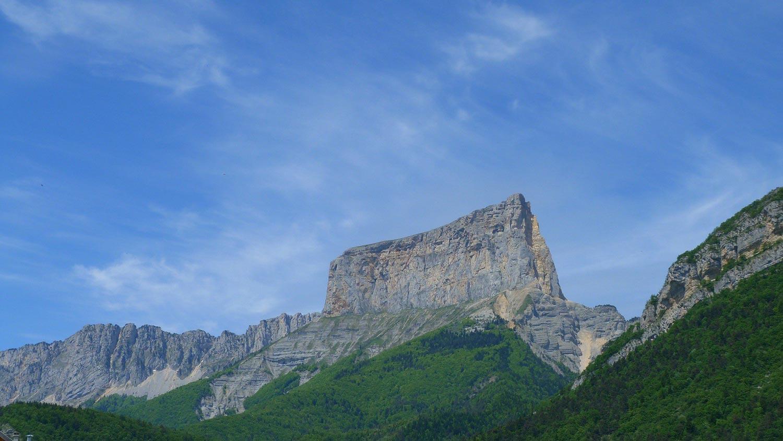 Randonnée pédestre dans le Parc Naturel du Vercors : Le tour du Mont Aiguille